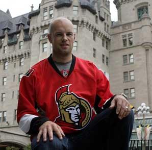Ottawa Senators sign Alex Auld