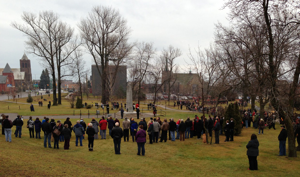 Crowd gathers at Waverly Park to honour veterans