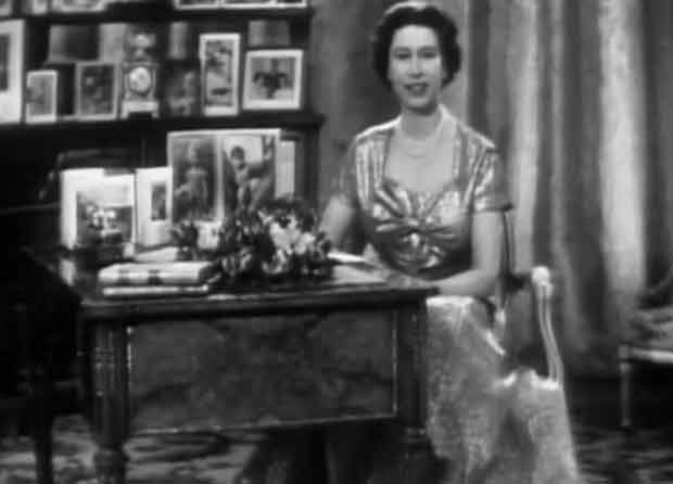 Queen Elizabeth II delivers first televised Christmas Message in 1957