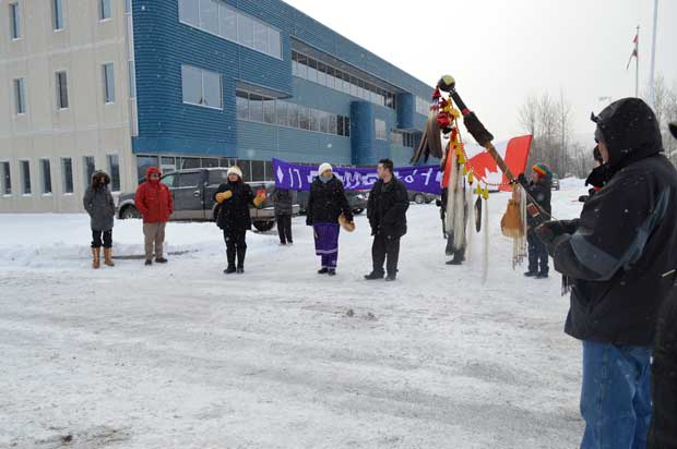 Speakers sharing their message outside the ANAC Office on Fort William First Nation.