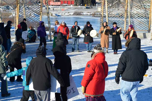 Round Dance at Idle No More Thunder Bay