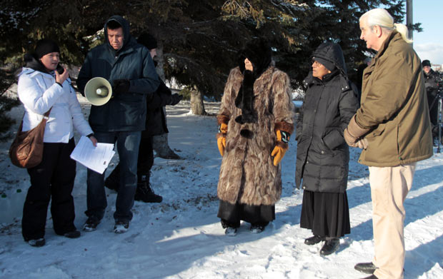 Idle No More Water Ceremony - Joyce Hunter introduces Frieda McDonald, Elder Mercier, Senator McKay on a chilly winter day in Thunder Bay