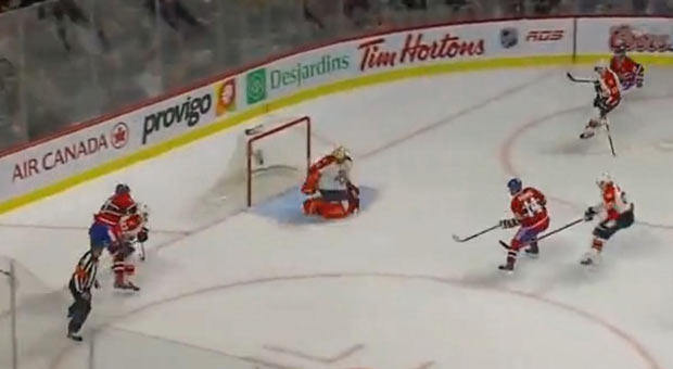 Canadiens pounce on the puck and score against the Panthers