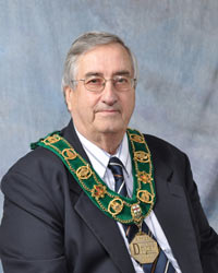 Dryden Mayor Nuttal