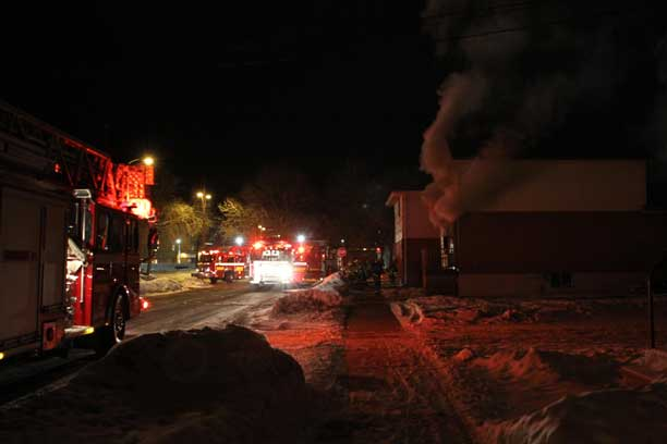 Thunder Bay Fire Rescue is on the scene on Machar - photo by Dman