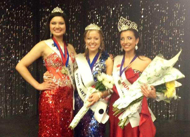 Thunder Bay Gals Compete at Miss North Ontario