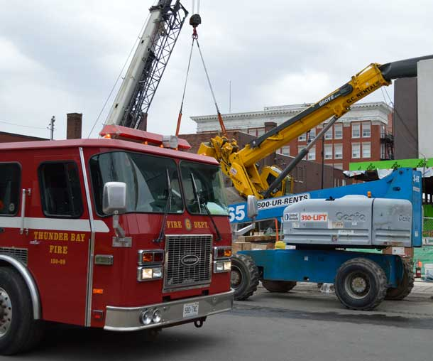 Crane Collapse Recovery Continues
