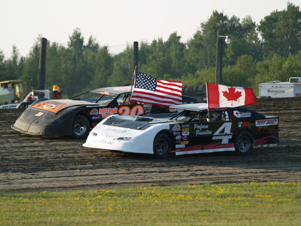 WISSOTA Super Stocks – Rick Simpson claims Super Stock Win, Paull, Veert claim wins