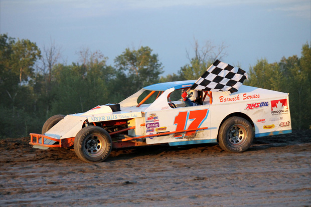 Galloway Breaks Paull's Win Streak, Leek and Westover take second wins