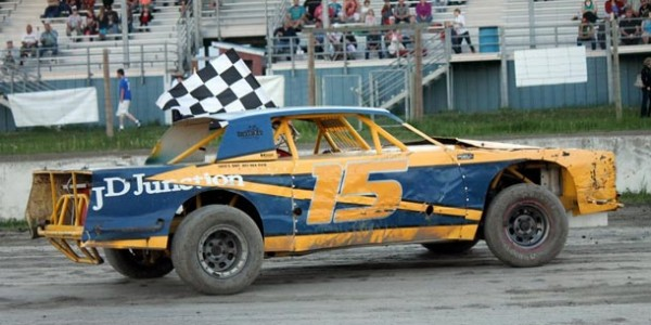 #15 Ron Westover claimed his third feature win in three events at the track this season.