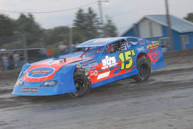 Borderland Racing Association will be hosting the WISSOTA Super Stocks
