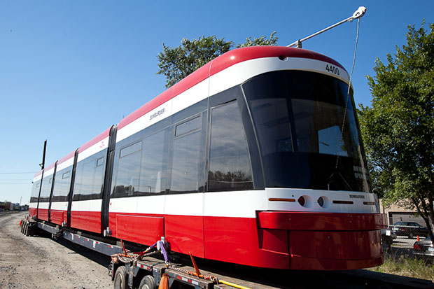 TTC's New Thunder Bay built Streetcars resume operation on Spadina Ave