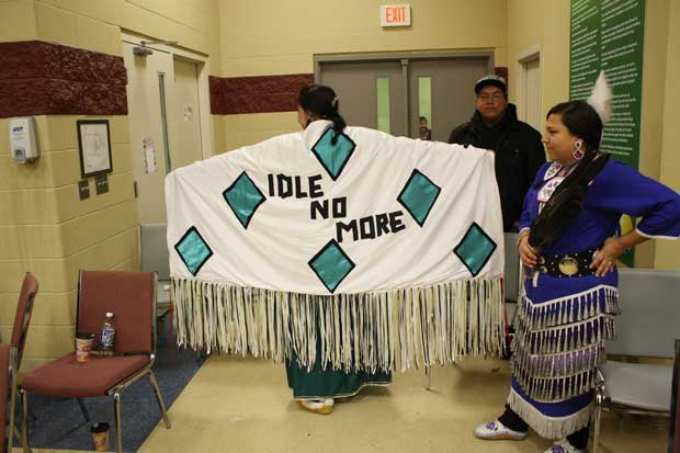 Candle Light Vigil and Prayer – Thunder Bay Chapter of Idle No More Keeps Going