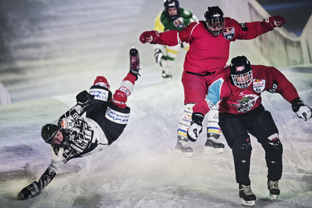 Red Bull Crashed Ice – Netherlands upsets and spills