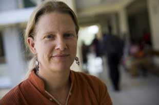 Dr. Paula Braitstein