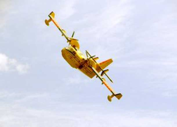 Water Bombers fight Forest Fires