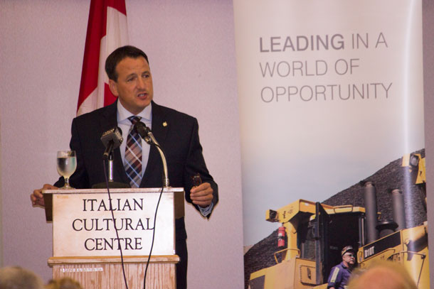 Minister Greg Rickford Addresses Thunder Bay Business Audience at Chamber or Commerce Luncheon