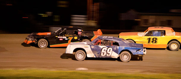 #18 Chris Shine, #69 Devin Brown, and #7 Andrew Trimble during  feature racing in the Emo Street Stocks