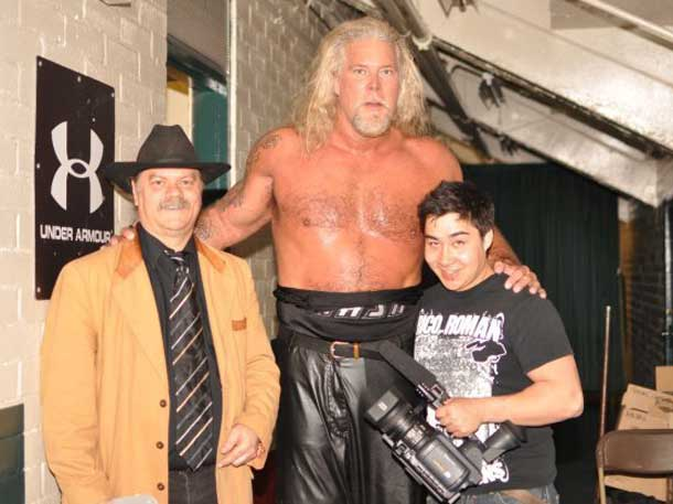 Nicholson is looking to return to Thunder Bay - Here James Murray (NNL) and Damien Gilbert are towered over by Kevin Nash at the Fort William Gardens
