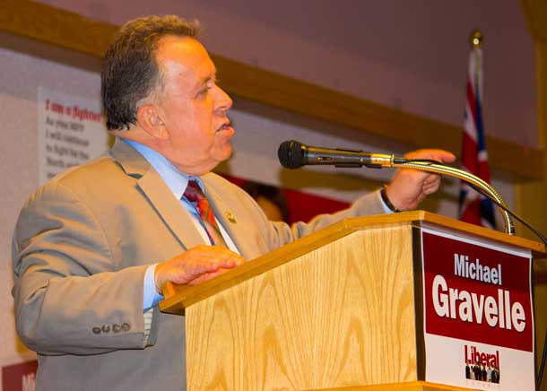 Minister Michael Gravelle accepts nomination as Liberal candidate in Thunder Bay Superior North