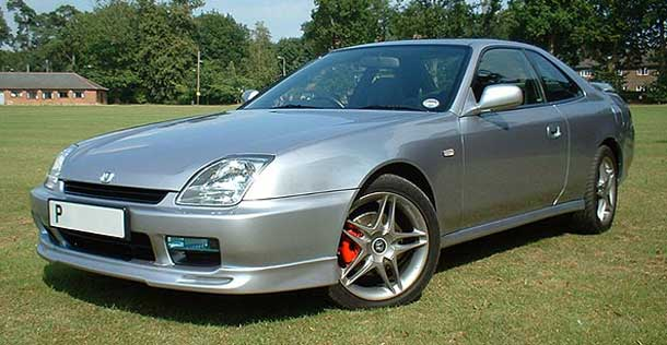 Thunder Bay Police are seeking the driver of a Silver Honda Prelude - Image is NOT of the car driven.