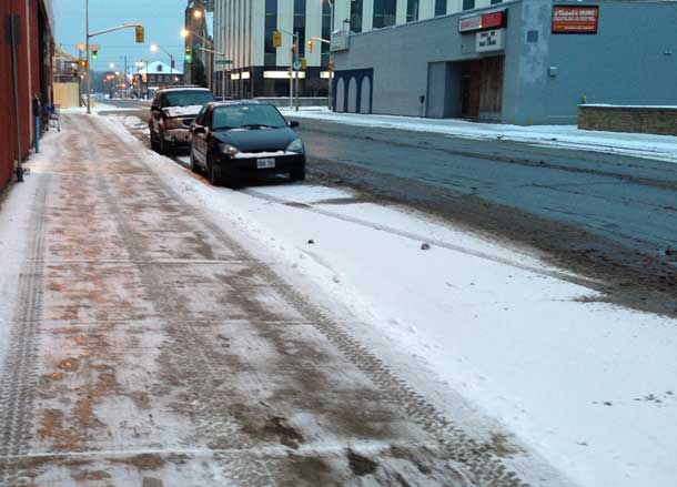 The City of Thunder Bay did a better job of clearing snow downtown this morning. Side walks are still slippery however.