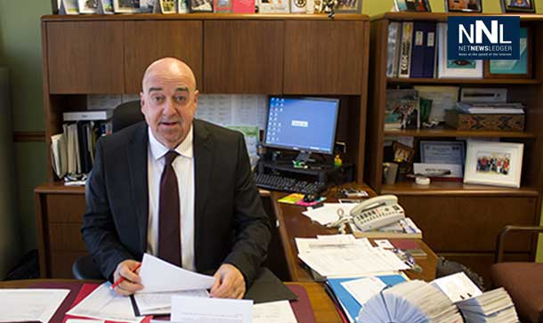 Thunder Bay Mayor Keith Hobbs at his desk in City Hall