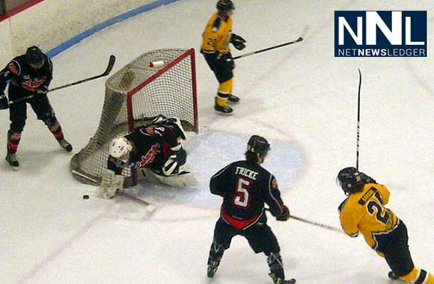 Fort Frances Lakers and English River Miners battle in the SIJHL Showcase