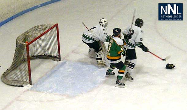The Thunder Bay North Stars were shooting hard last night to win big at the SIJHL Showcase.