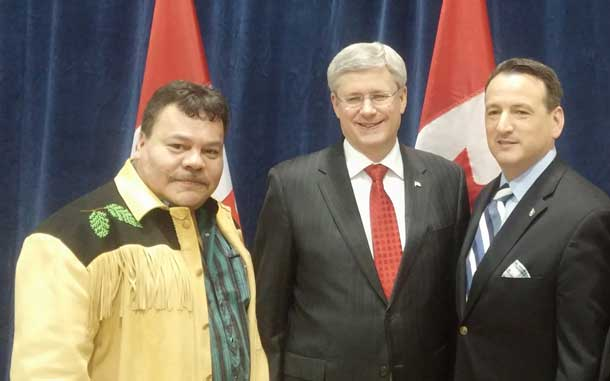 Treaty Three Chief White, Prime Minister Harper and Minister Greg Rickford