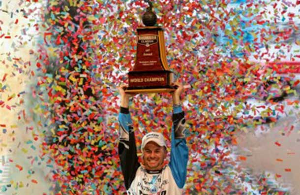 Randy Howell celebrates his big win on Sunday. BASSMaster Image by James Overstreet