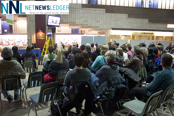 The overflow crowd in the Agora at Lakehead University listening to Joseph Boyden talk on race relations.