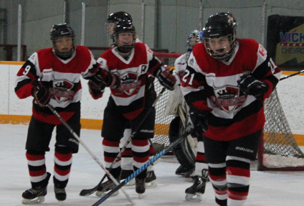 Thunder Bay Queens Women's Hockey in Dryden.