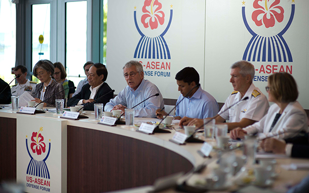 Defense Secretary Chuck Hagel hosts a roundtable meeting in Honolulu with defense ministers from the Association of Southeast Asian Nations, April 2, 2014. DOD photo by Erin A. Kirk-Cuomo