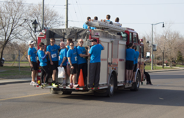 Another of the traditions at the race as runners get to the starting line.