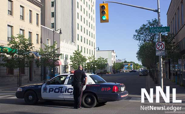 Thunder Bay Police have May Street in the downtown Fort William Business District closed between Victoria and Donald