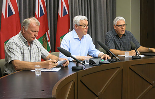 Manitoba Premier and officials brief public on flood conditions