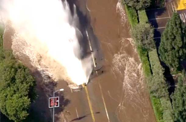 Massive Watermain break in Los Angeles at the UCLA Campus.