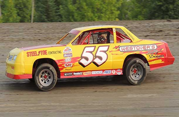 #55 Tylar Wilson ran some exciting racing in the Street Stocks class as he claimed both the heat and feature win in a very exciting race