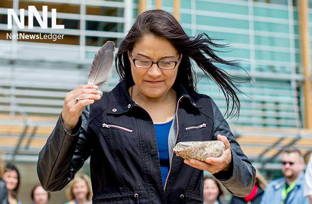 Sheila White, an Anishinaabe Language and Culture Secondary School Teacher, volunteered to provide a series of cultural lessons to Thunder Bay Regional Health Sciences Centre staff and volunteers.