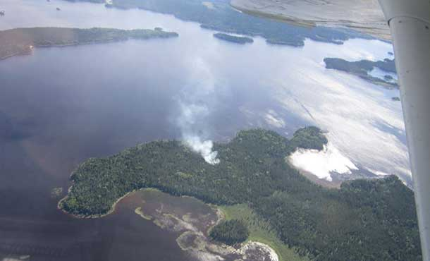 Nipigon 17 in early stages of burning