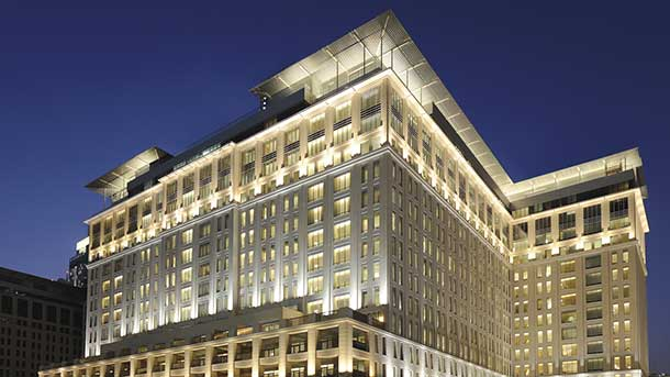 A stately limestone full five star luxury hotel - The Ritz Carleton in Dubai