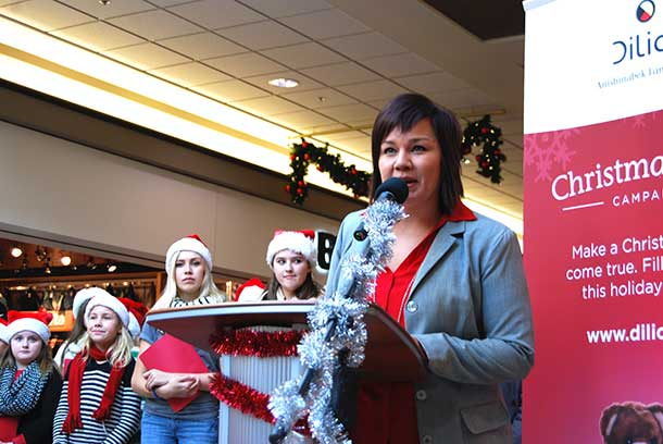 This is the sixth year Dilico Anishinabek Family Care has been coordinating the Christmas Wish Bag Campaign for children in need. Over 500 community members, families and businesses participated in the initiative last year, filling wish bags for 622 children.