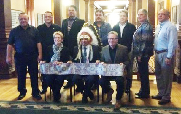 Ontario Chiefs with the Premier