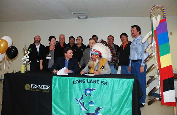 Premier Gold and Long Lake #58 have announced the signing of an agreement.