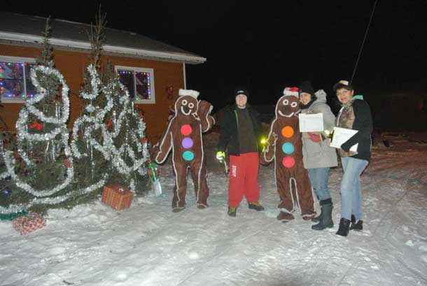 Getting into the holiday spirit in Attawapiskat - Photo by Rosiewoman Cree.
