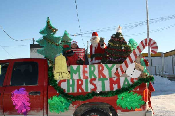 Merry Christmas from Attawapiskat - Photo by Rosiewoman Cree