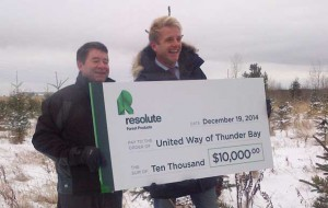 United Way benefits from $10,000 donation from Resolute Forest Products.
