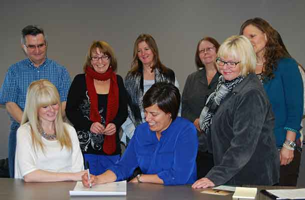 Six Thunder Bay groups come together to help people