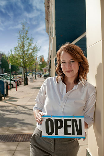 The Thunder Bay & District Entrepreneur Centre (EC) is one of 56 Small Business Enterprise Centres in Ontario dedicated to helping small businesses get started, expand, and succeed. Their one-to-one business counselling, comprehensive information, consulting, and referral service make them a great 'first-stop' if you're starting a business or even thinking of starting a business